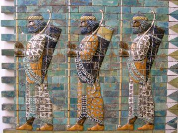 Guerreros_persas._Museo_de_Berlín