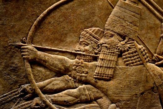 Bajorrelieve-asirio-caza-de-leones